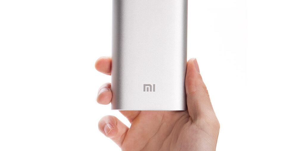 Xiaomi Power Bank 10000 mAh — лучшее решение для iPhone?