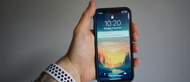 Пиктограмма значка со стрелкой на iPhone — что это?